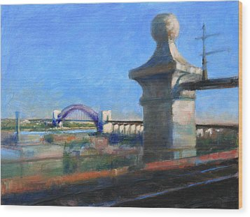 Approaching Hell Gate Bridge By Rail Wood Print
