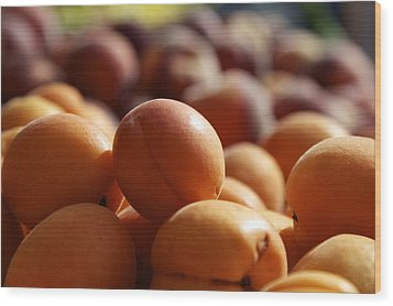 Apricots Wood Print by Terry Horstman