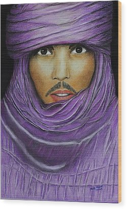 Arab In Traditional Costume Wood Print by David Hawkes