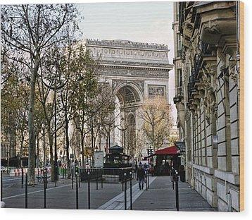 Arc De Triomphe Paris Wood Print by Lynn Bolt