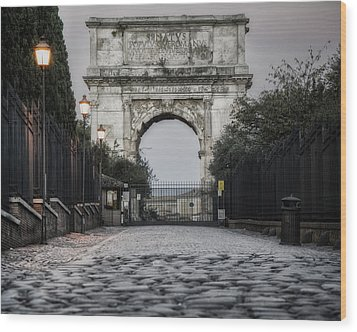 Arch Of Titus Morning Glow Wood Print by Joan Carroll