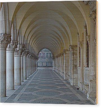 Archway In Piazza San Marco Wood Print