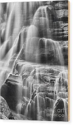 Arethusa Falls Wood Print by Sharon Seaward