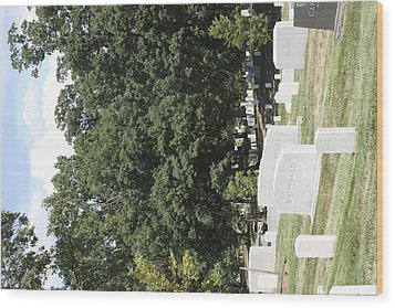 Arlington National Cemetery - 121237 Wood Print by DC Photographer