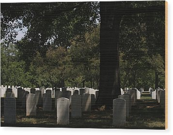Arlington National Cemetery - 121243 Wood Print by DC Photographer