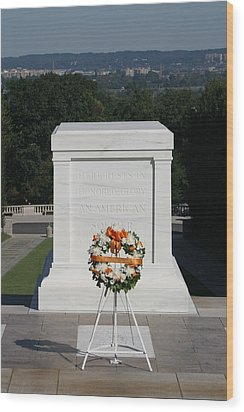Arlington National Cemetery - Tomb Of The Unknown Soldier - 12121 Wood Print by DC Photographer