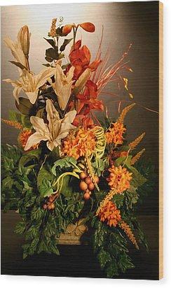 Arrangement Of Flowers Wood Print by Diane Merkle