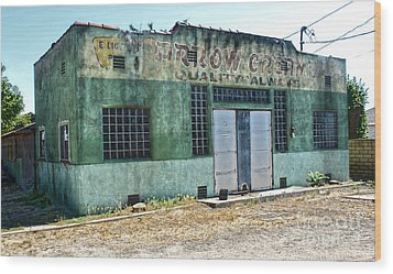 Arrow Creamery - Chino Ca - 02 Wood Print by Gregory Dyer