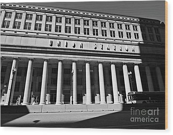 Art Deco Union Station Chicago Illinois Film Noir Style Photo Wood Print