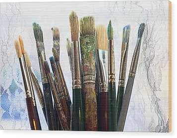 Artist Paintbrushes Wood Print by Garry Gay