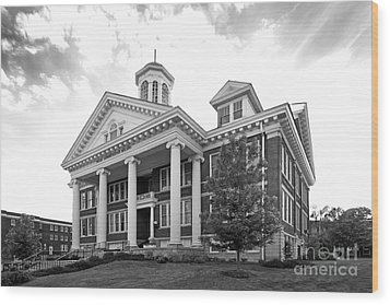 Asbury University Hager Administration Building Wood Print by University Icons