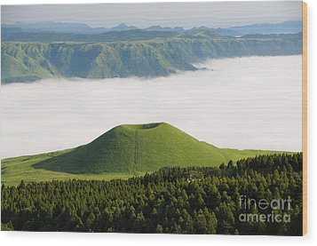 Wood Print featuring the photograph Aso Komezuka Sea Of Clouds Cloud Kumamoto Japan by Paul Fearn