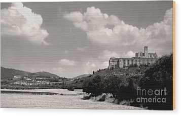 Assisi Italy -  Basilica Of San Francesco D'assisi Wood Print by Gregory Dyer