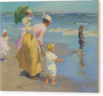 At The Beach Wood Print by Edward Potthast