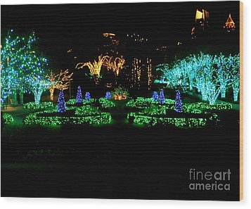 Wood Print featuring the photograph Atlanta Skyline In December by Utopia Concepts