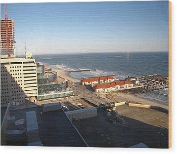 Atlantic City - 01133 Wood Print by DC Photographer