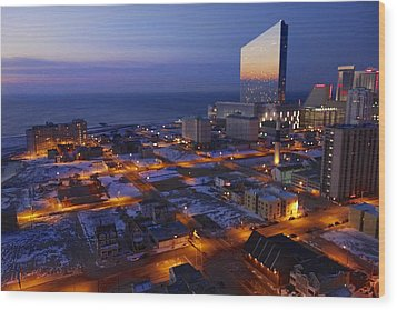 Atlantic City At Dawn Wood Print by Joan Reese