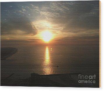 Atlantic City Sunset Wood Print by John Telfer