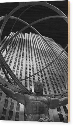 Atlas Rockefeller Center Wood Print by Dave Beckerman