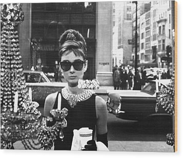 Audrey Hepburn Breakfast At Tiffany's Wood Print