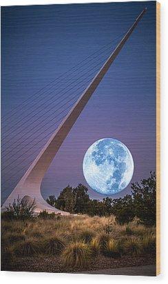August Moon Wood Print by Randy Wood