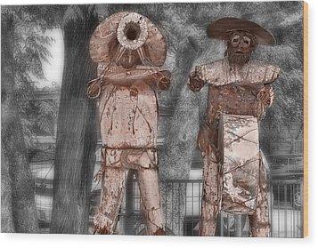 Austin Musical Duo 3 Wood Print by Linda Phelps