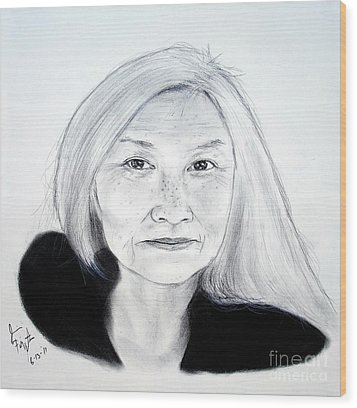 Author And Activist Maxine Hong Kingston Wood Print by Jim Fitzpatrick