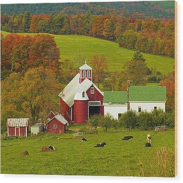 Autumn At Bogie Mountain Dairy Farm Wood Print