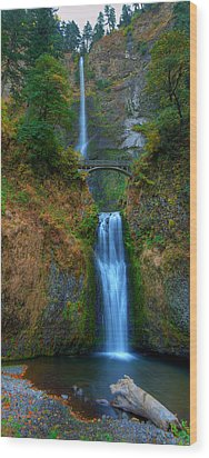 Autumn At Multnomah Falls Wood Print