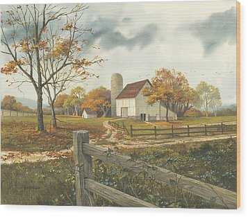 Autumn Barn Wood Print by Michael Humphries