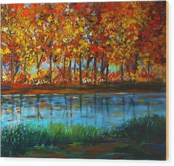 Autumn Colors Wood Print by B Russo