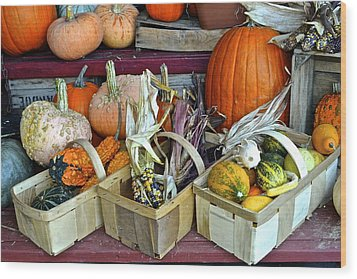 Autumn Display Wood Print by Frozen in Time Fine Art Photography