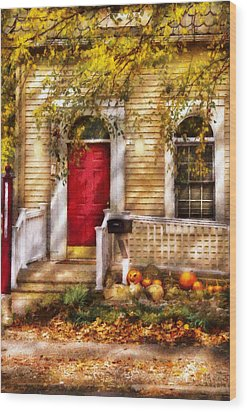 Autumn - House - A Hint Of Autumn  Wood Print by Mike Savad