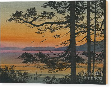 Autumn Shore Wood Print by James Williamson