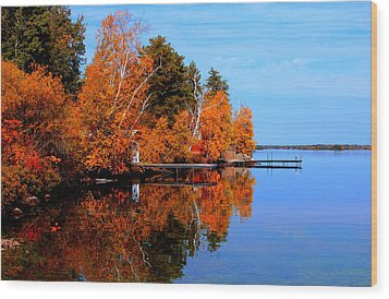 Autumnal Reflections Wood Print by Larry Trupp