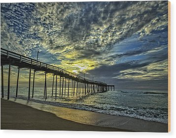 Avon Pier At Dawn Wood Print