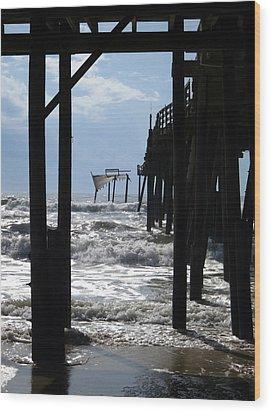 Avon Pier Wood Print by Patricia Januszkiewicz