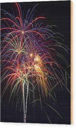 Awesome Fireworks Wood Print by Garry Gay
