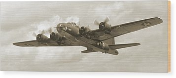 B-17 Flying Fortress Wood Print by Mike McGlothlen