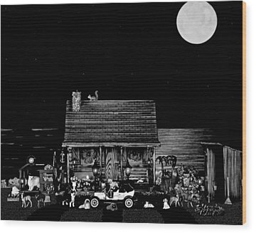 B/w Log Cabin And Outhouse Scene With The Classic Old Vintage 1908 Model T Ford Wood Print by Leslie Crotty