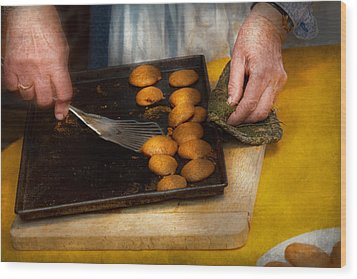 Baker - Food - Have Some Cookies Dear Wood Print by Mike Savad