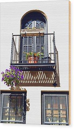 Balcony With Flower Wood Print by Bener Kavukcuoglu
