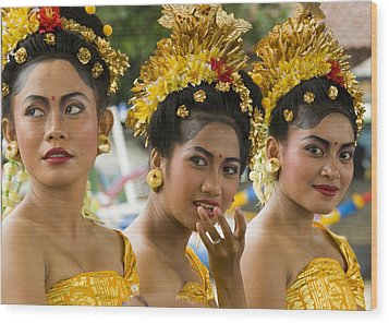 Balinese Dancers Wood Print by David Smith