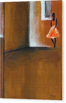 Ballerine Solitaire Wood Print by Mirko Gallery