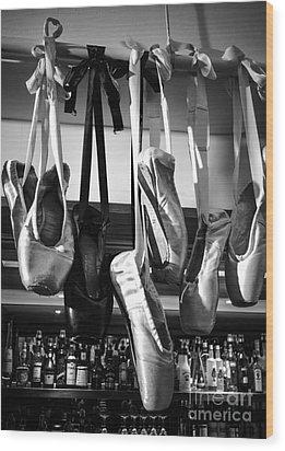 Ballet At The Bar Wood Print by Peta Thames
