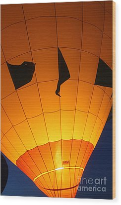 Ballon-glowyellow-7703 Wood Print by Gary Gingrich Galleries