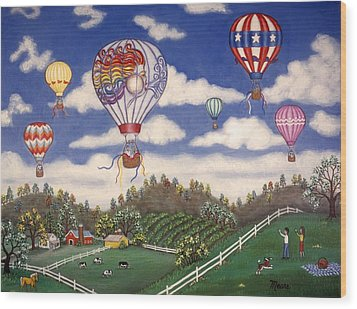 Ballooning Over The Country Wood Print by Linda Mears