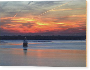 Baltimore Light At Gibson Island Wood Print by Bill Swartwout