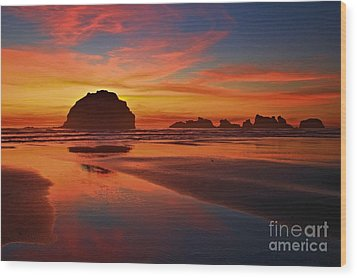 Bandon Sunset Spectacular Wood Print by Adam Jewell