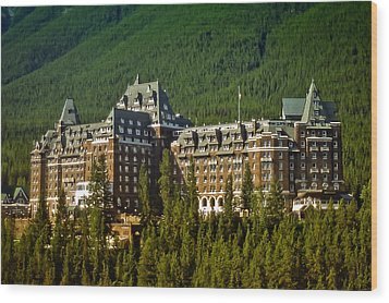 Wood Print featuring the photograph Banff Springs Hotel by Richard Farrington